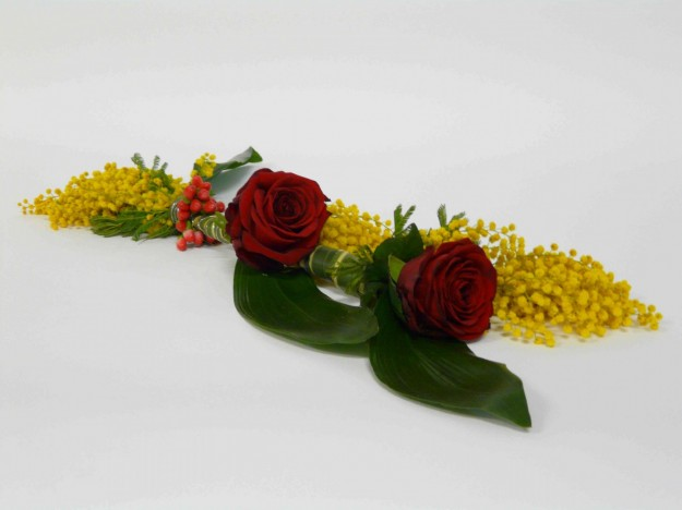 rose-rosse-e-mimose