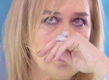 lory-del-santo-piange-domenica-live-ricordo-figlio-morto
